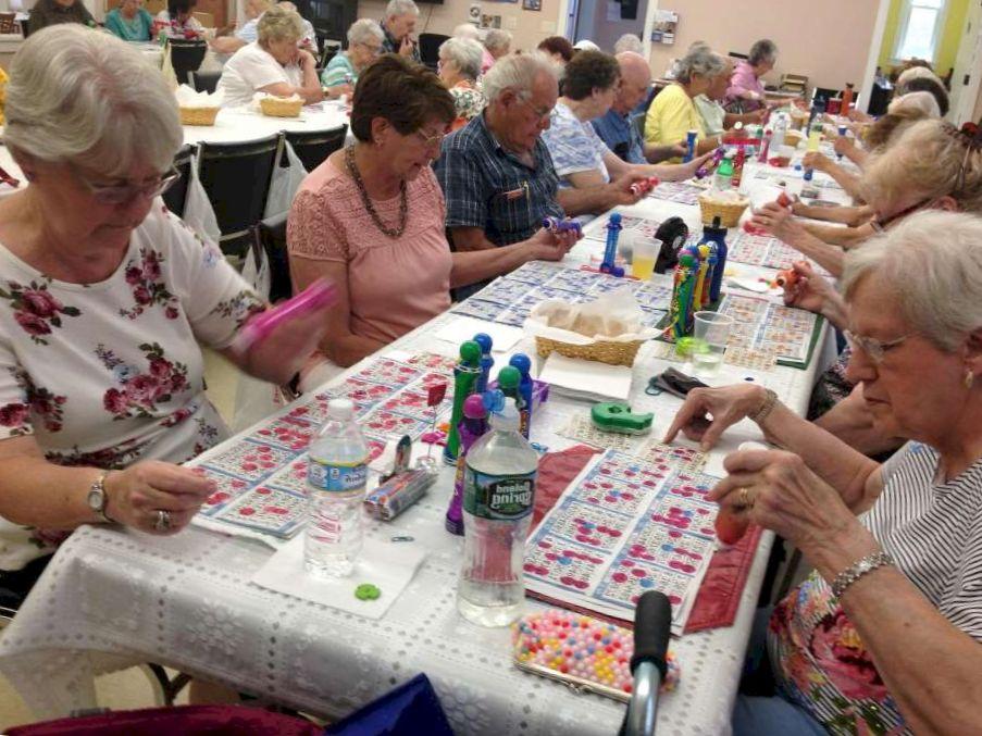 Bingo and Casino Games for Ontario Seniors